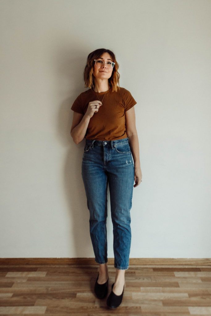 Everlane Denim, Everlane Denim Review, Medium Wash Jeans, Relaxed Fit Jeans, Boyfriend Jeans, High Waisted Jeans