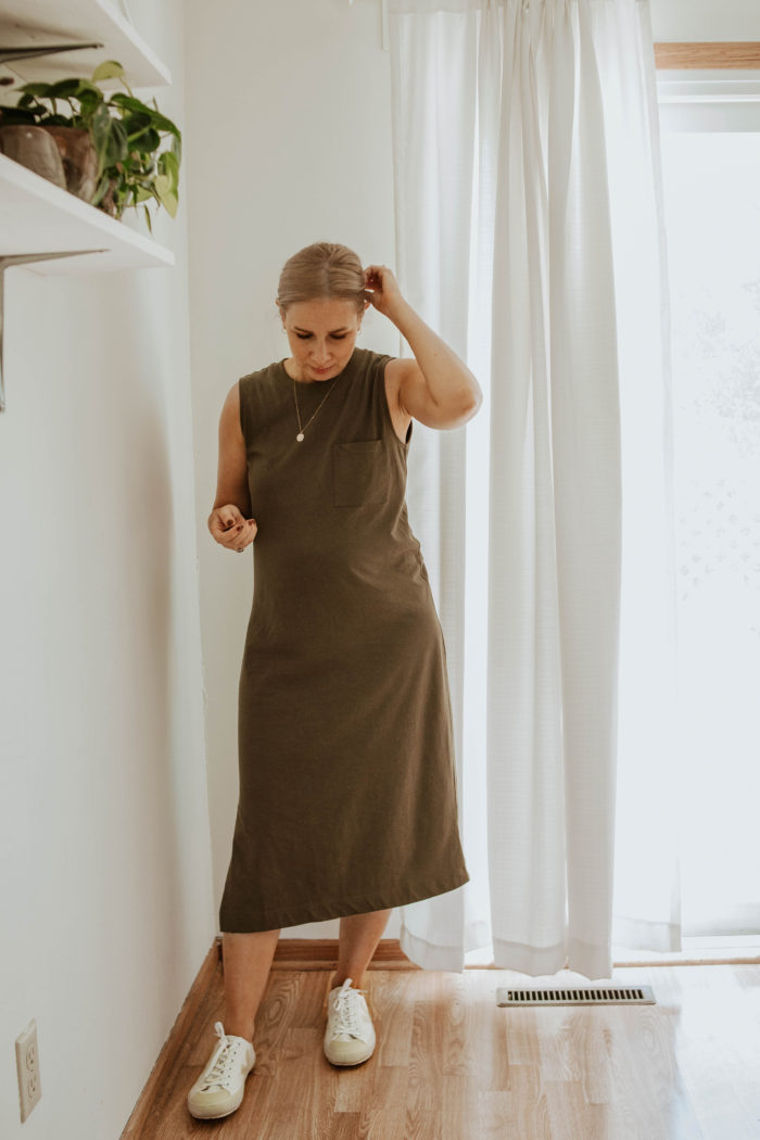 30 Days of Summer Style Day 4: Everlane Long Weekend Tee Dress Review