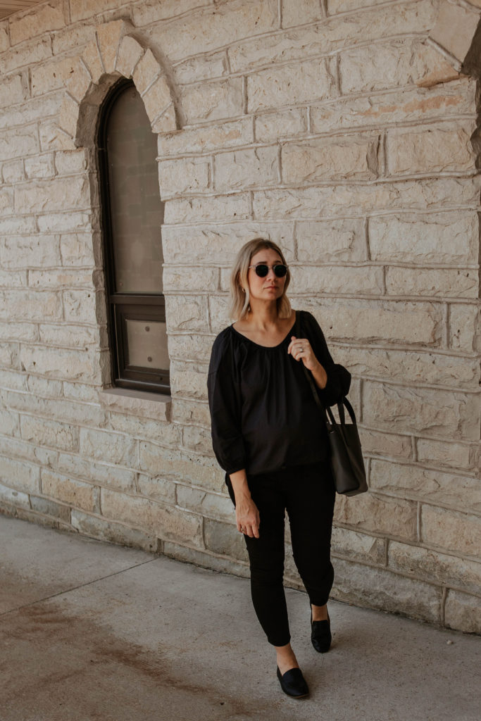 blonde bob, outfits that transition to fall, maternity style, black loafers, everlane review, everlane day loafer, everlane day tote mini, everlane air ruched blouse, all black summer outfit