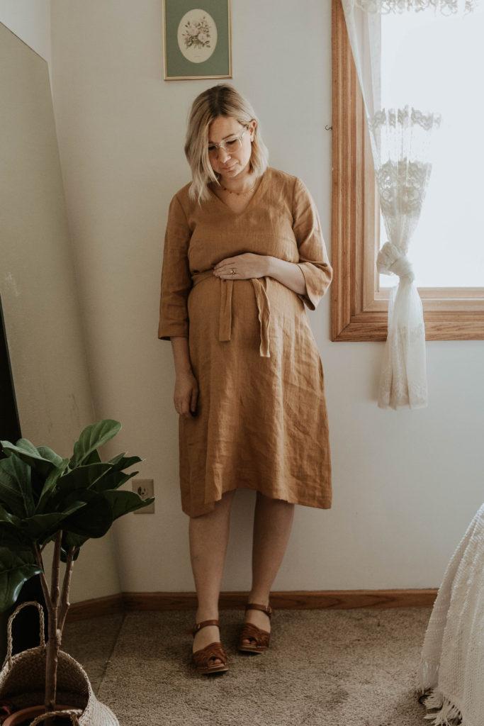 mustard linen dress, pregnancy style, third trimester bump