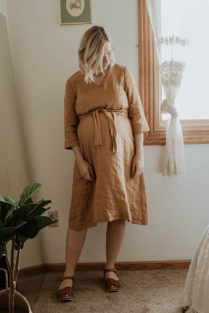 mustard linen dress, mustard dress, pregnancy style, clog sandals