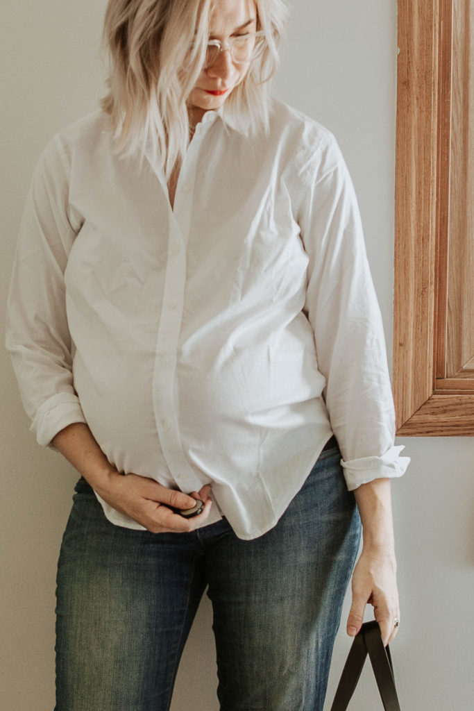 everlane relaxed silky cotton button down, maternity jeans