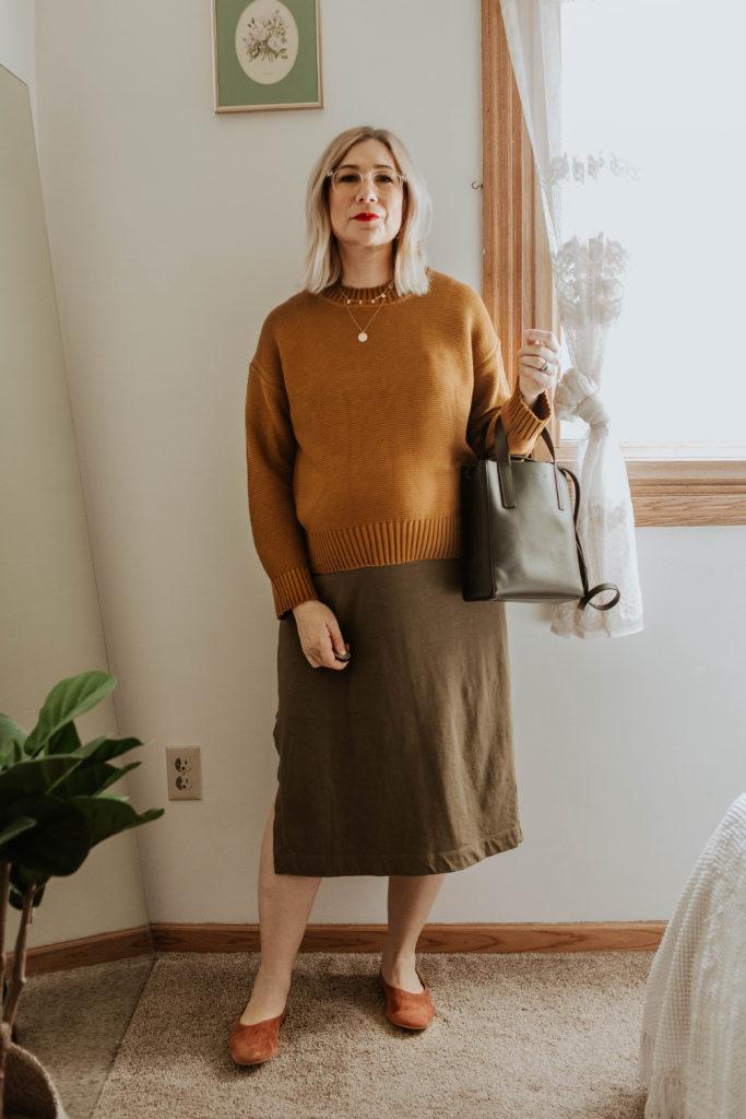 everlane link stitch crew neck sweater, everlane tee dress, everlane suede day flat, everlane mini day tote