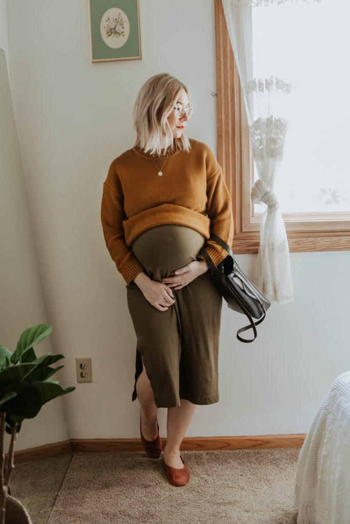 new shoes from everlane, everlane link stitch crew neck sweater, everlane tee dress, everlane suede day flat, everlane mini day tote