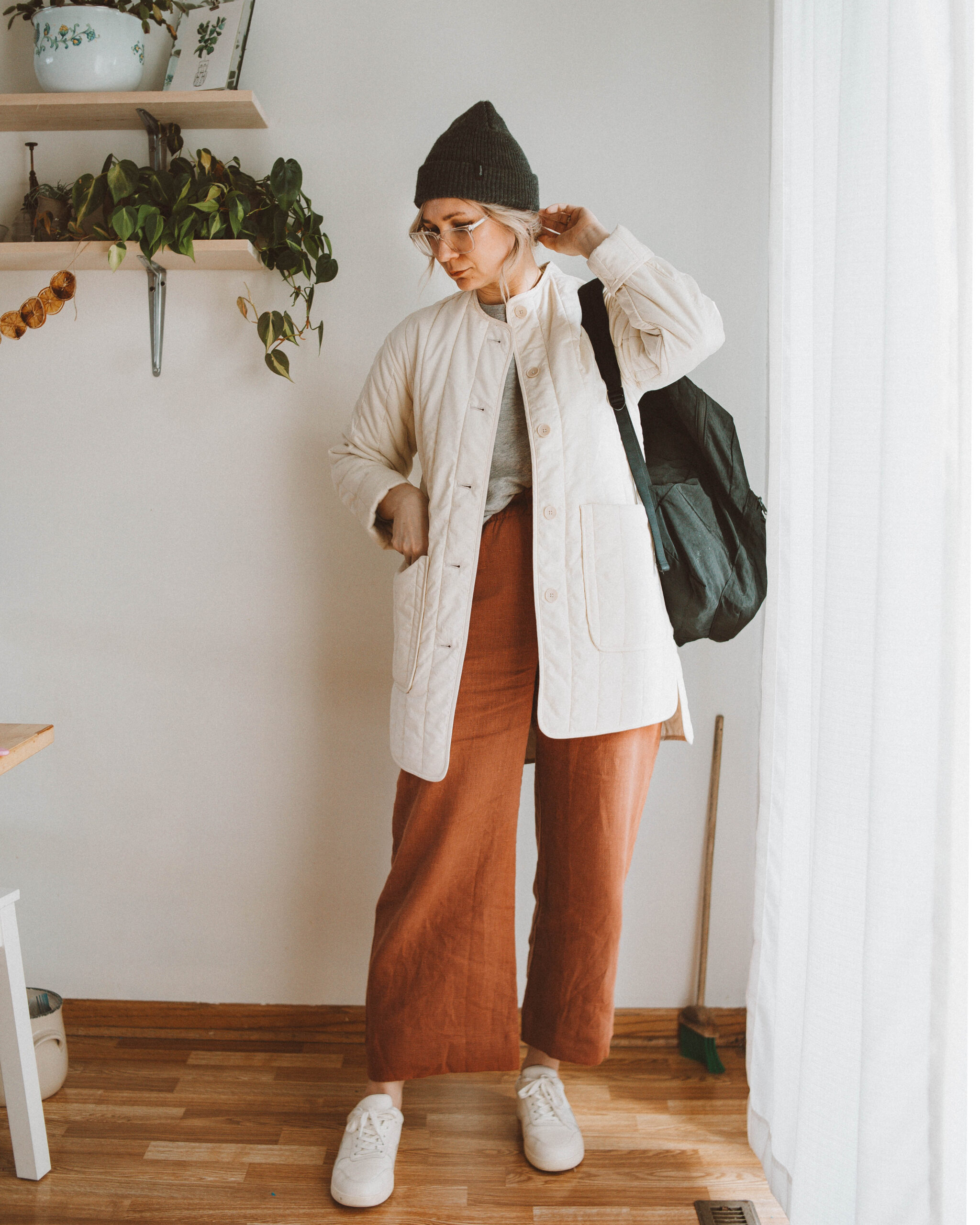 Week of Outfits: the Week of Hats and Sneakers