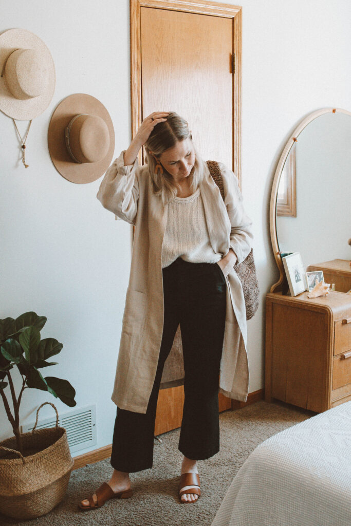 5 Spring Outfits: Lots of Linen and Flowy Fabrics, love and confuse beige linen duster jacket, jcrew cotton sweater, kotn black culotte pant, m. gemi sandals