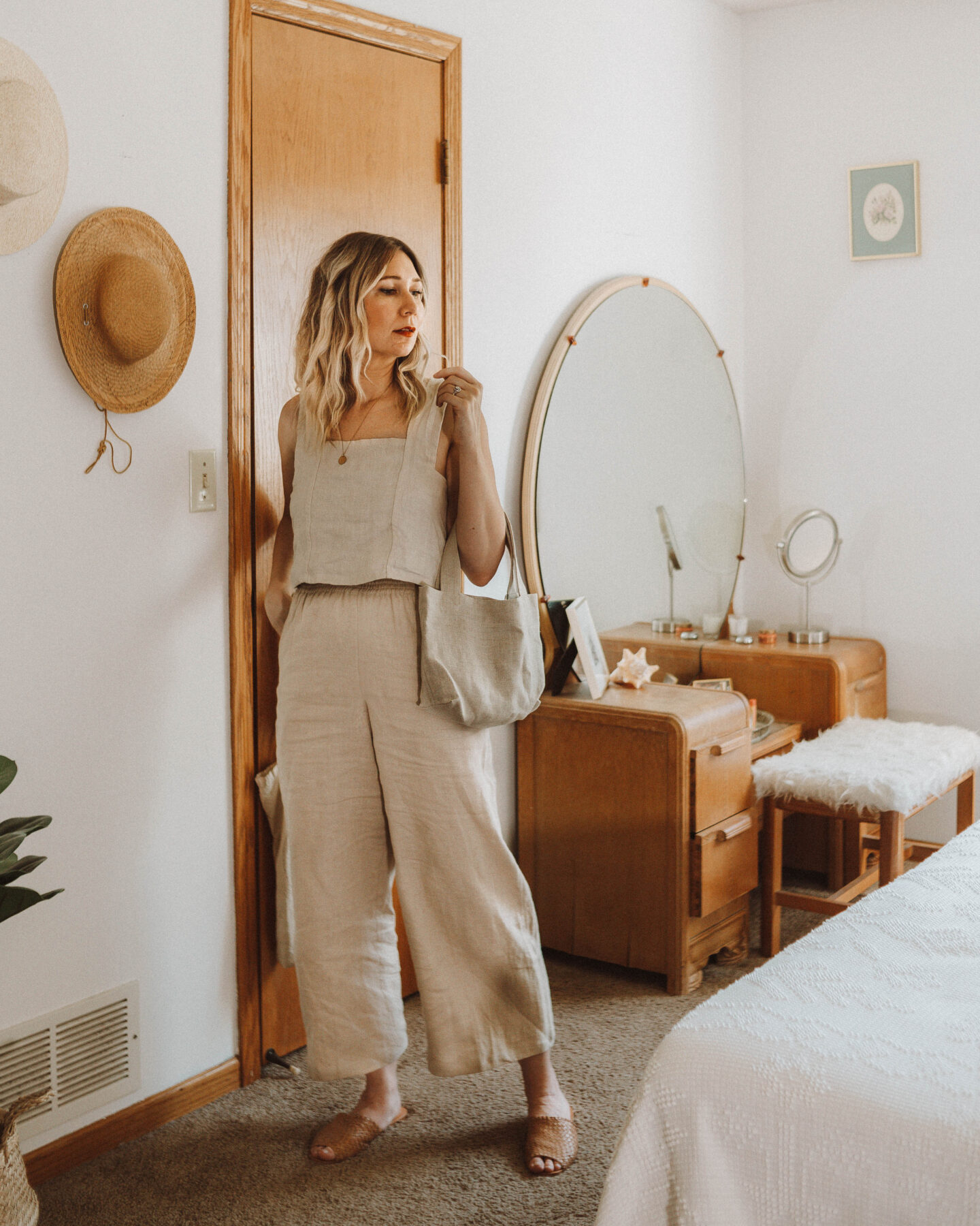 How to Style Wide Leg Pants + 6 Outfit Ideas, linen two piece set, sugar candy mountain, love & confuse linen, shin + na linen mitaka small, either/or nyc woven slides in miel